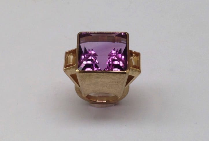 18 carat yellow gold ring with amethyst and citrine
